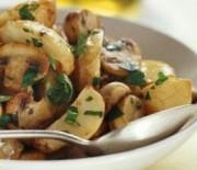 Вкуснейшие тушеные блюда с картошкой и грибами в мультиварках Редмонд и Поларис. Рецепты и фото.
