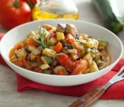 Два потрясающих рецепта с фото для овощного рагу в мультиварке Редмонд и Поларис.